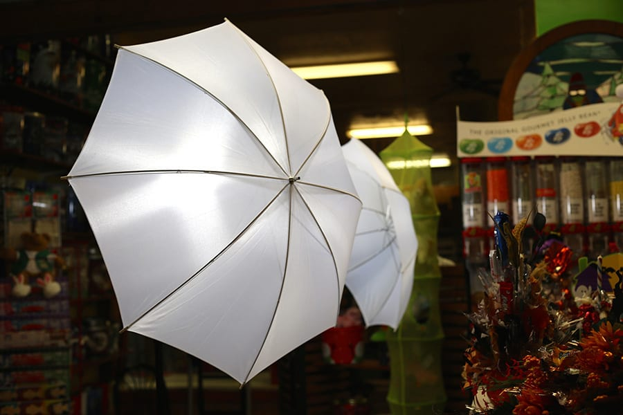 Different Types Of Photography Umbrellas And How To Use Them Diy Video Studio