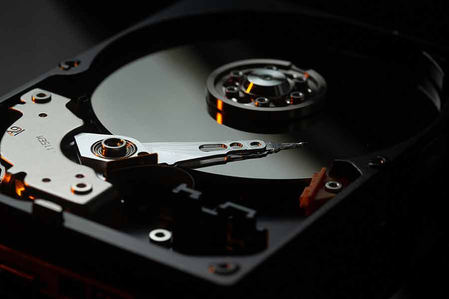 HDD-platters-and-read-write-head-exposed
