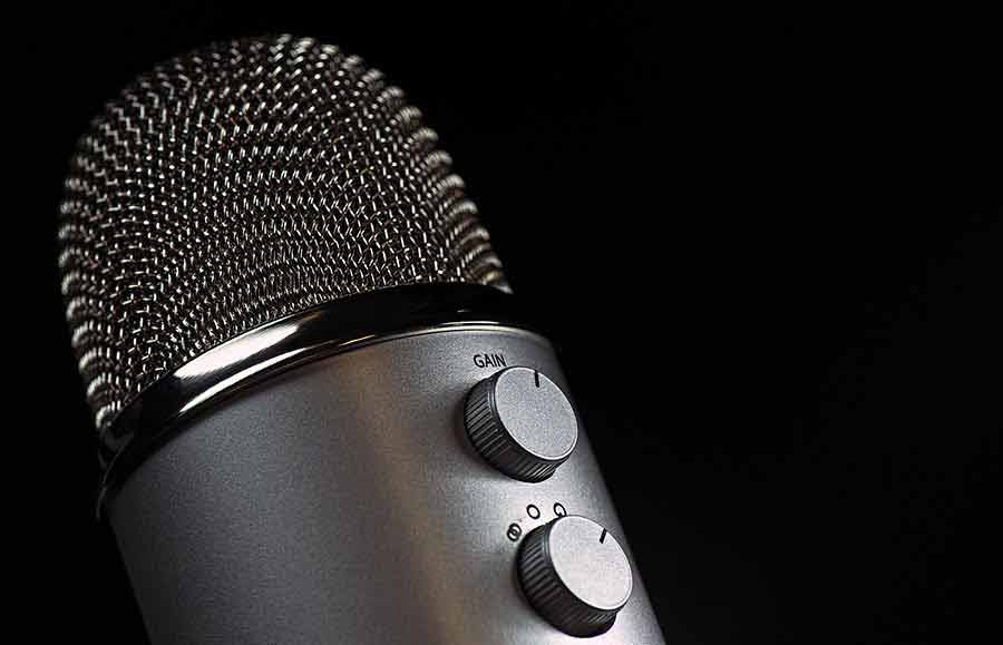 How to connect and use a Blue Yeti to an iPhone or iPad-Featured Image