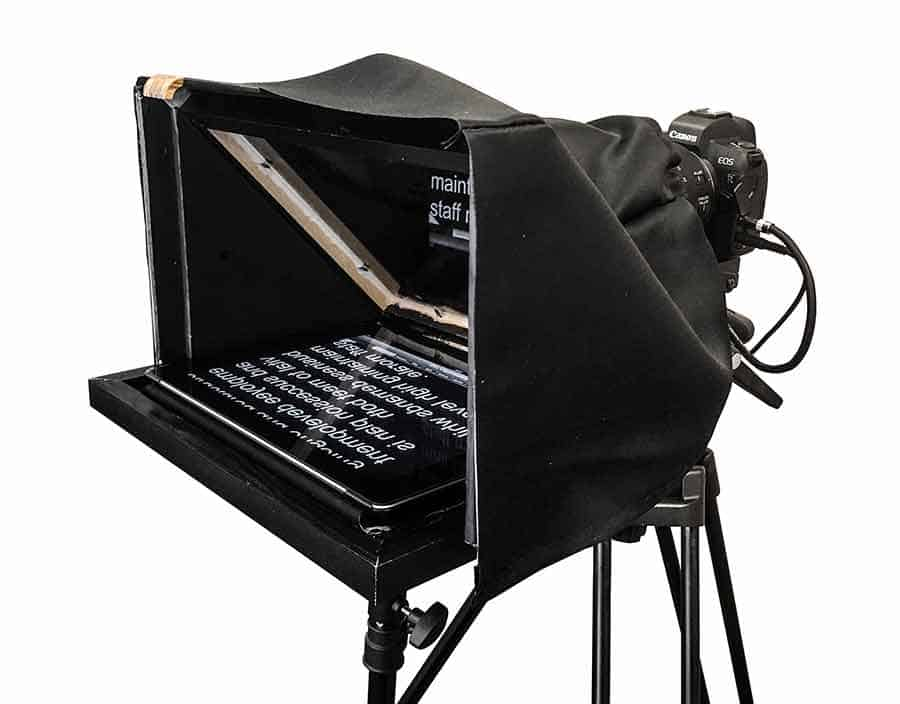iPad-teleprompter used. Homemade teleprompter made for my YouTube videos