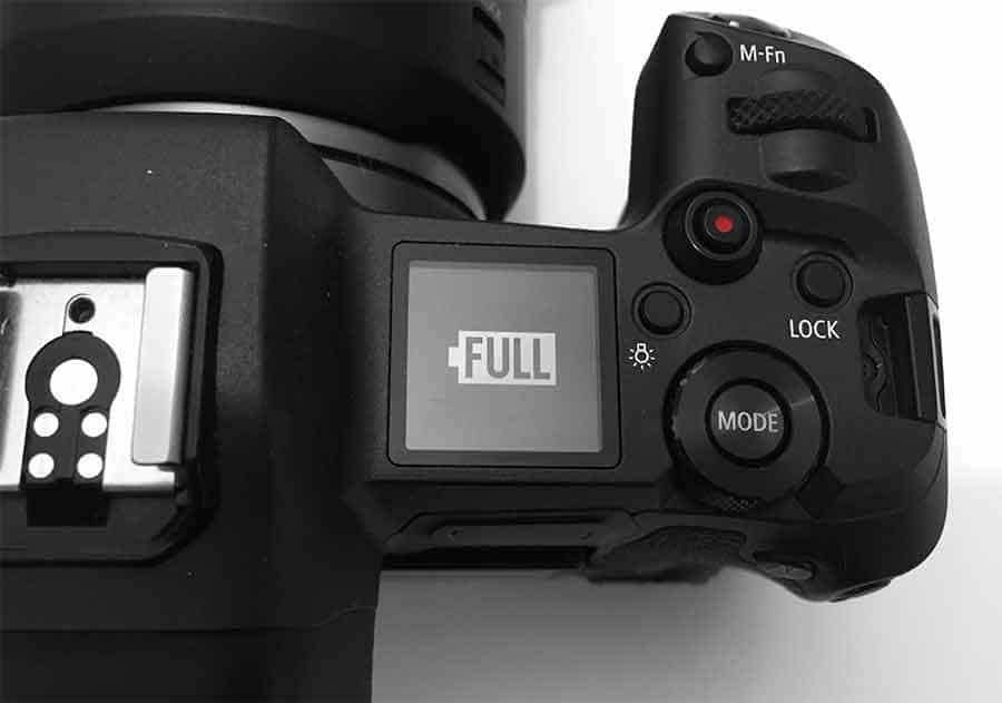 Canon EOS R USB-C charging battery full displayed