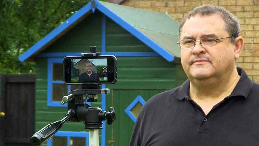 How to film yourself on a phone - The trial and error method