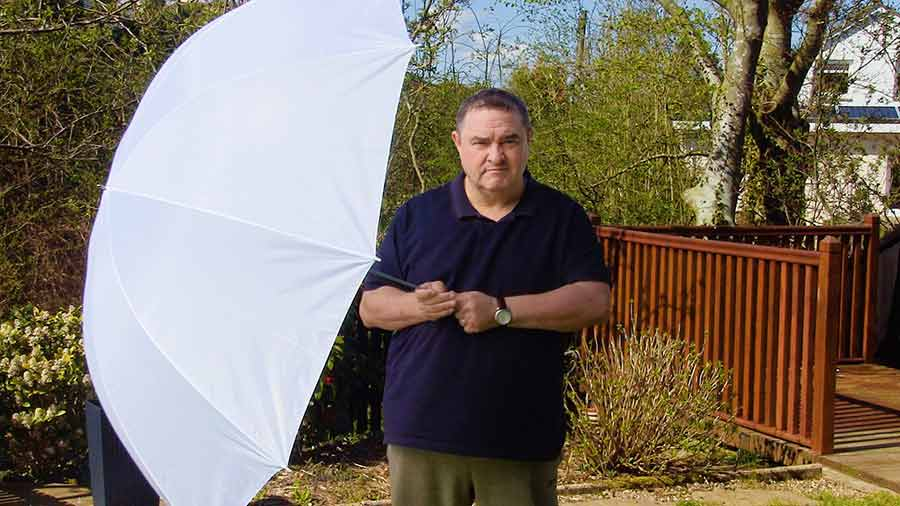 How to film in direct sunlight