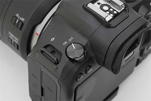 Canon-EOS-R6-power-switch-turned-to-OFF
